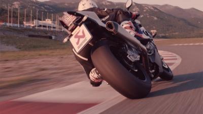Las innovaciones de los escapes de MotoGP™ llegan a la calle